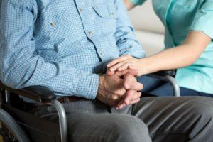 В апреле повысят пенсию инвалидам 3 группы 2020